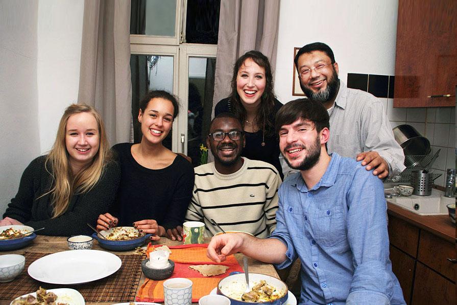 Über den Tellerrand kochen_Team Shaikh Nasir